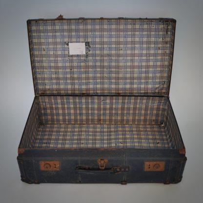 Brocante reiskoffer of vintage koffer