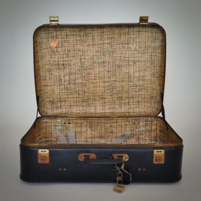 vintage koffer uit België in stevige zwarte uitvoering